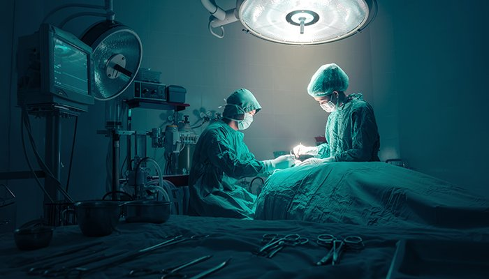 surgeons operating room best hospitals in the us